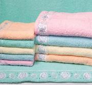 Продам махровые полотенца,  халаты,  флисовые пледы