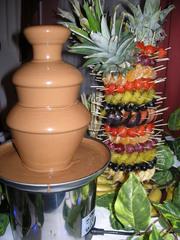 Шоколадный фонтан и фруктовая пальма в Кемерово