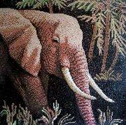 Наборщик картин из стеклянной мозаики