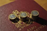 10-тирублёвые биметаллические монеты