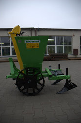 Продам однорядную картофелесажалку б/у,  производство Польша.