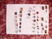 Продам коллекцию по теме авто: значки,  марки,  брелки,  календарики.